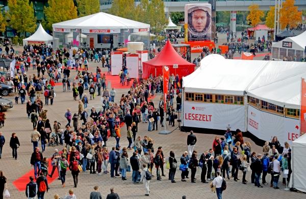 Frankfurt am Main, Hessen, Hesse, Deutschland, Germany. 18.10.2014. Agora Freigelaende Indonesien ist der Ehrengast der Frankfurter Buchmesse 2015. Indonesia is the Guest of Honour 2015 at the Frankfurt Book Fair