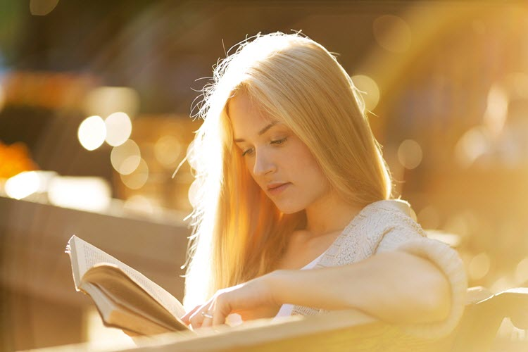 The Top 5 Benefits Of Reading