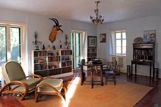 Source: Hemingway House