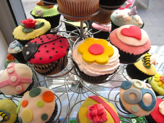 6 Scrumptious Pastry Books All About Cupcakes