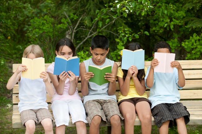 9 Fun And Creative Ways For Kids To Track Summer Reading