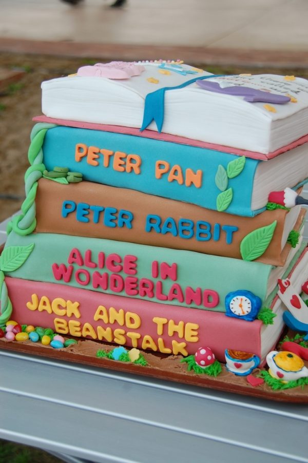 Birthday Cakes Book Design 1000 Ideas About Open Book Cakes On Pinterest Round Cakes - Cake Decorative