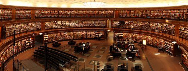 books-1281581_640