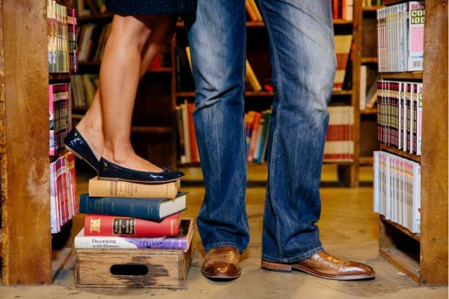 Ooh La La! 6 Romantic Date Ideas For Book Lovers