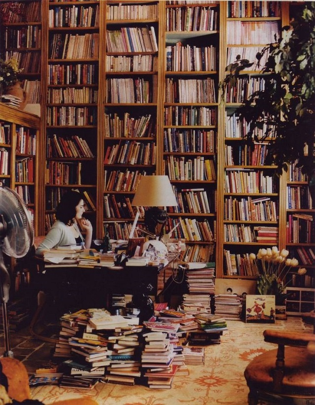 Book Bliss: 6 Of The Best Apps For Organizing Your Home Library