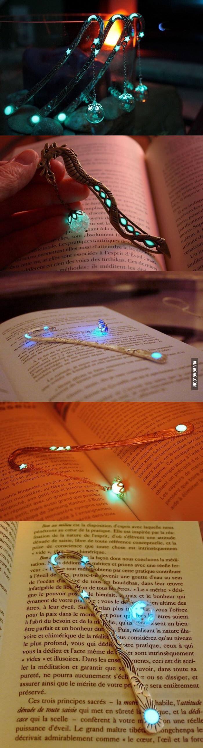 glow-in-the-dark-bokmarks