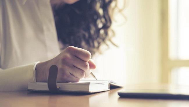 Dear Diary: 6 Ways To Make Journal Writing Less Boring
