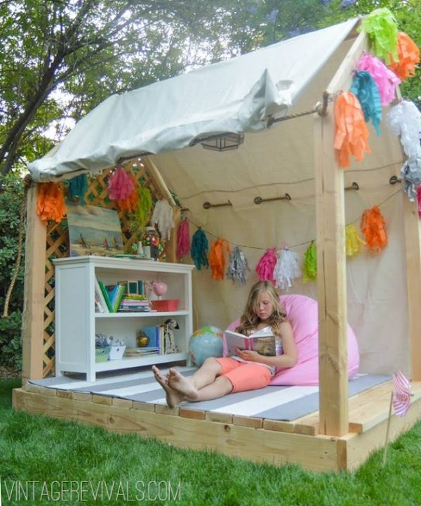the-best-diy-reading-nook-ideas-for-kids-4